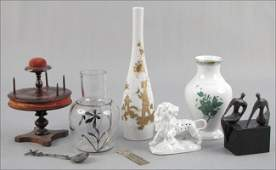 922006 GROUP OF DECORATIVE ITEMS