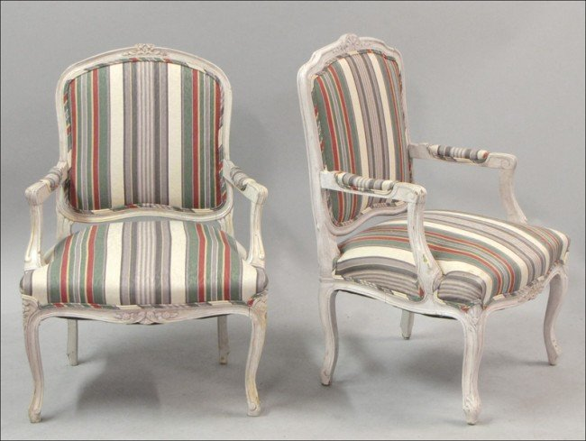 931005: PAIR OF FRENCH PROVINCIAL STYLE OPEN ARMCHAIRS.
