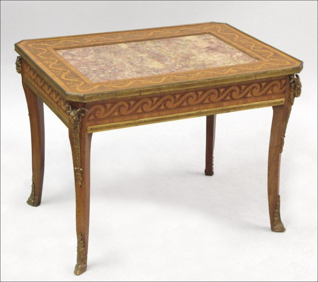 931006: FRENCH KINGWOOD AND MARBLE TABLE.