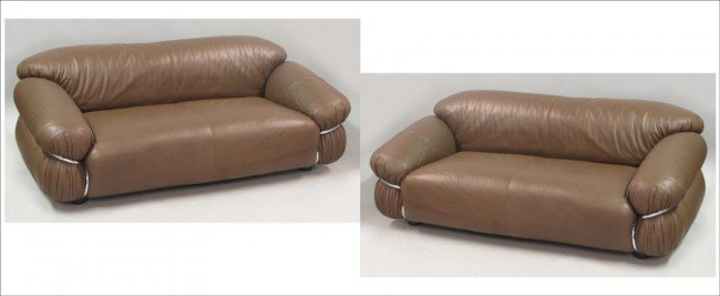 951015: PAIR OF GIANFRANCO FRATTINI LEATHER SESANN SOFA