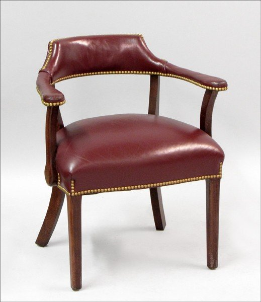 961013: LEATHER-UPHOLSTERED MAHOGANY LIBRARY CHAIR.