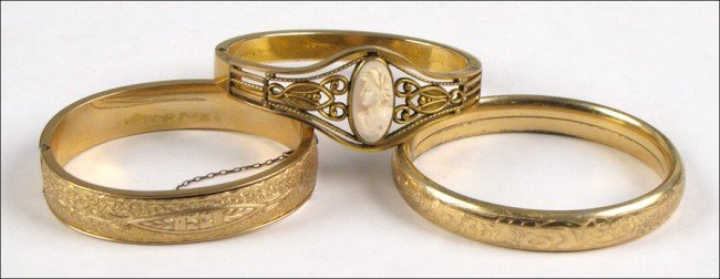 967158: THREE VICTORIAN GOLD FILLED BRACELETS.
