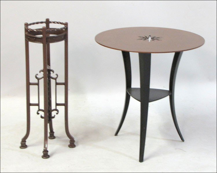 991006: CONTEMPORARY METAL SIDE TABLE.