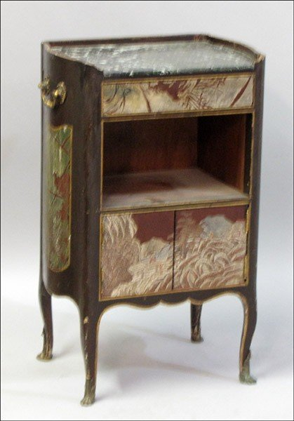 1011007: CHINOISERIE STYLE CARVED OAK SIDE CABINET.