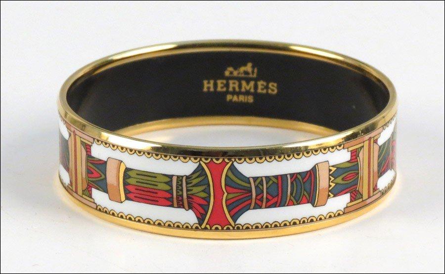 467017: HERMES ENAMEL BRACELET.