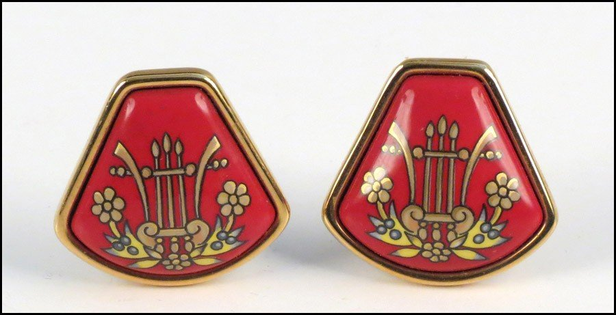 467020: PAIR OF HERMES ENAMEL EARCLIPS.