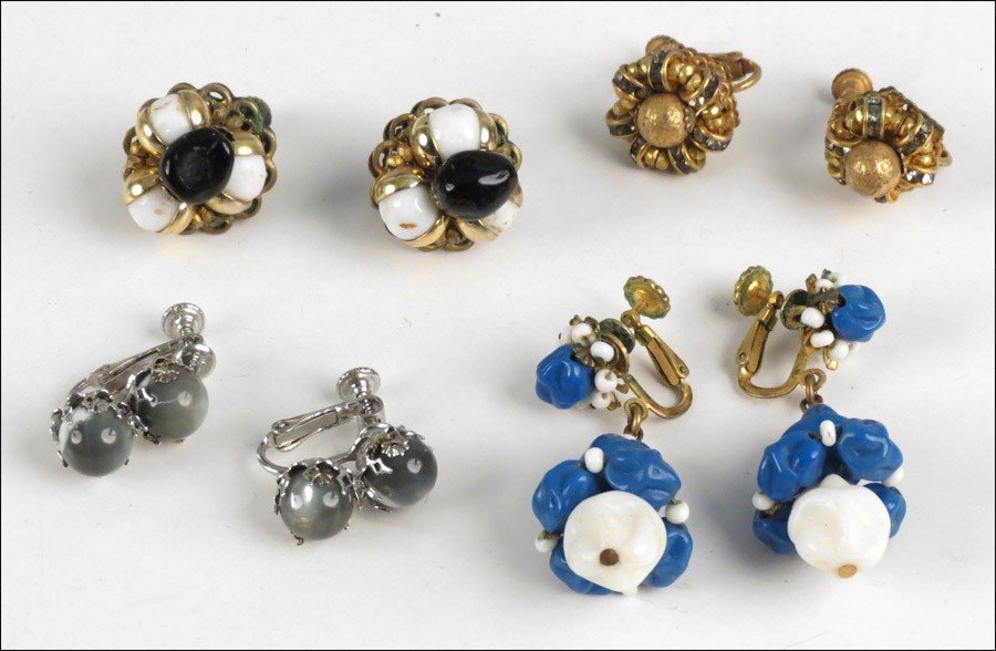 467022: FOUR PAIRS OF MIRIAM HASKELL EARCLIPS.