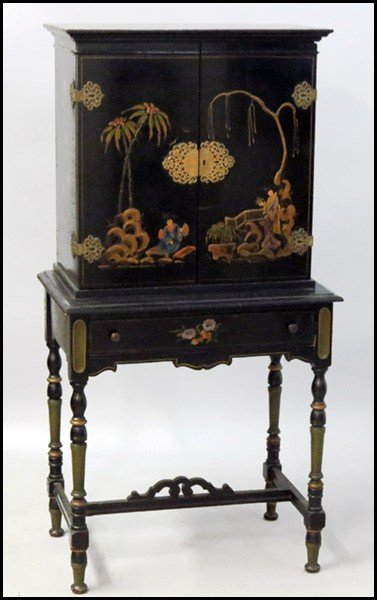 1061005: CHINOISERIE STYLE DESK.