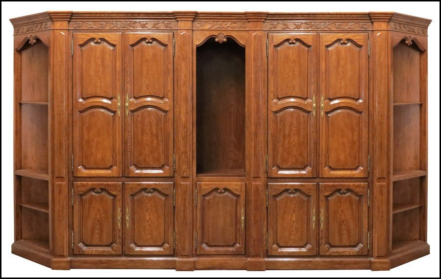 1081009: CONTEMPORARY FIVE-PIECE CABINET SYSTEM.