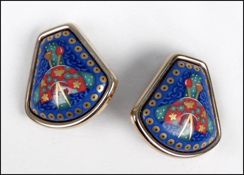487006: PAIR OF HERMES ENAMEL EARCLIPS.
