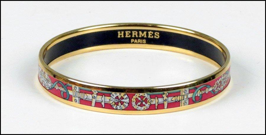 487012: HERMES ENAMEL BRACELET.