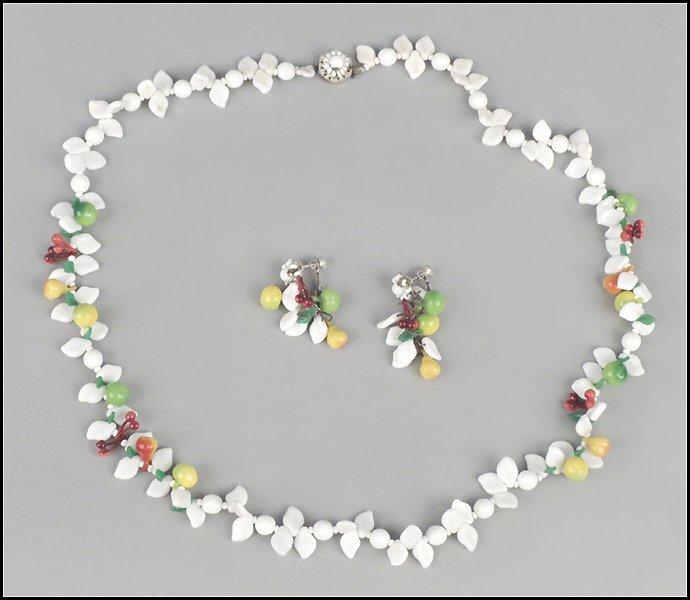 487017: MIRIAM HASKELL 'FRUITS' DEMI-PARURE.