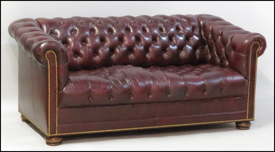 1121080: HANCOCK AND MOORE LEATHER CHESTERFIELD SLEEPER - 4