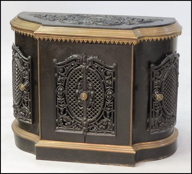 1131003: VICTORIAN STYLE FILIGREE PAINTED METAL CABINET