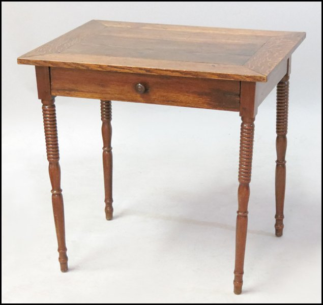 1131006: ENGLISH OAK SINGLE DRAWER TABLE.