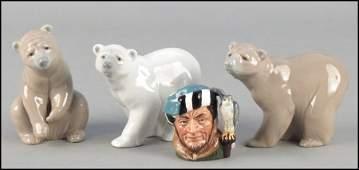 1132137: THREE LLADRO PORCELAIN BEARS.