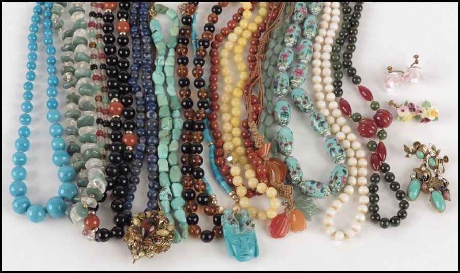 497017: GROUP OF SEMI-PRECIOUS BEAD NECKLACES.