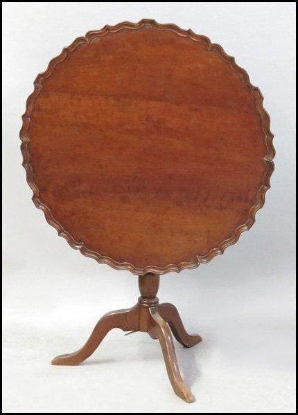 1151026: AMERICAN PIE CRUST MAHOGANY TILT TOP TEA TABLE