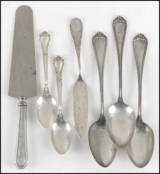 SET OF THREE WALACE STERLING SILVER TABLESPOONS.