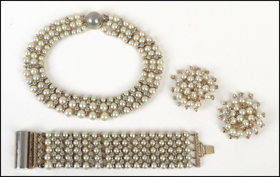 FAUX PEARL AND RHINESTONE PARURE.