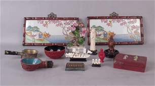 COLLECTION OF CHINESE DECORATIVE ITEMS.