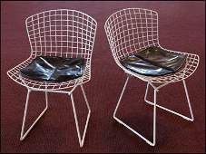 PAIR OF HARRY BERTOIA FOR KNOLL WIRE SIDE CHAIRS.