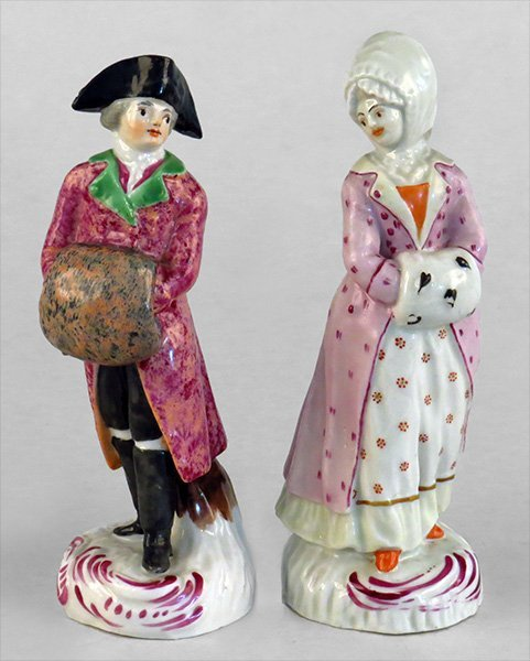 TWO CONTINENTAL 19TH CENTURY PORCELAIN FIGURES.