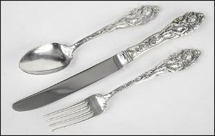 REED AND BARTON STERLING SILVER FLATWARE SERVICE IN THE