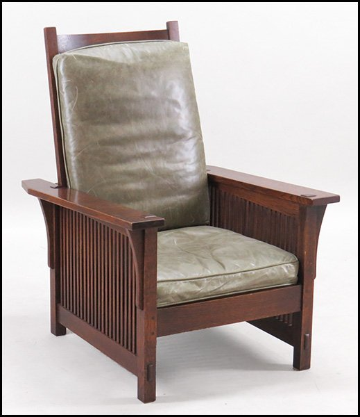 STICKLEY OAK MISSION RECLINER.