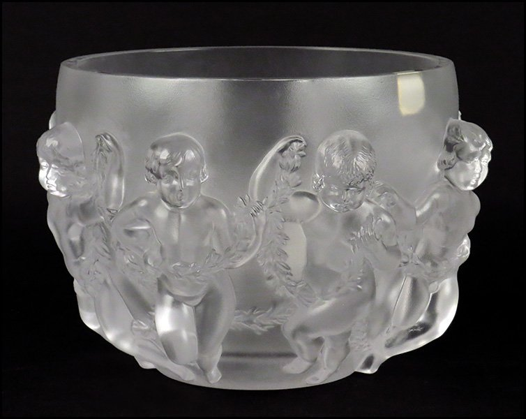 LALIQUE CRYSTAL 'LUXEMBOURG' CENTER BOWL.