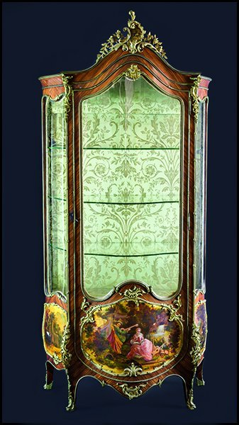 A FRENCH LOUIS XV HAND PAINTED VERNIS MARTIN STYLE VITR