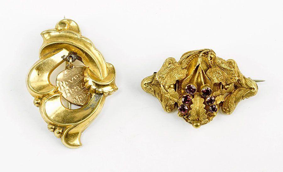 A Victorian Almandine Garnet And 14 Karat Yellow Gold
