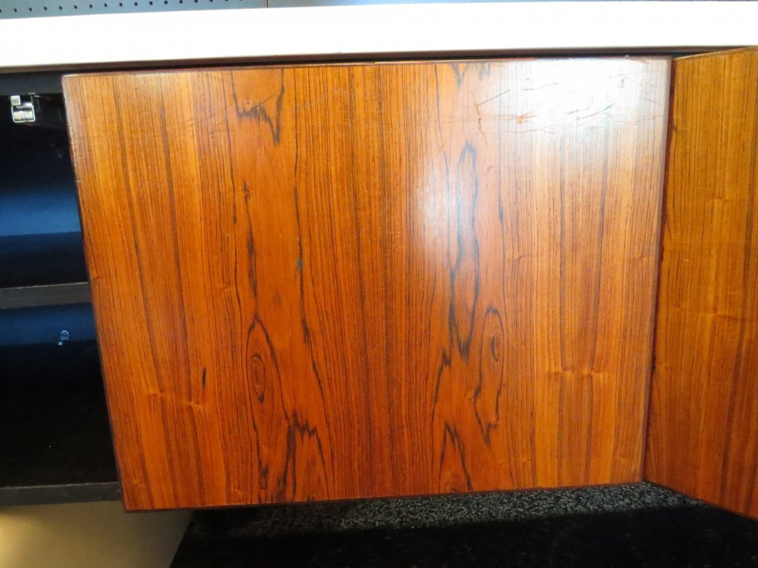 A William Sklaroff for Vecta 'Uniplane' Credenza. - 4