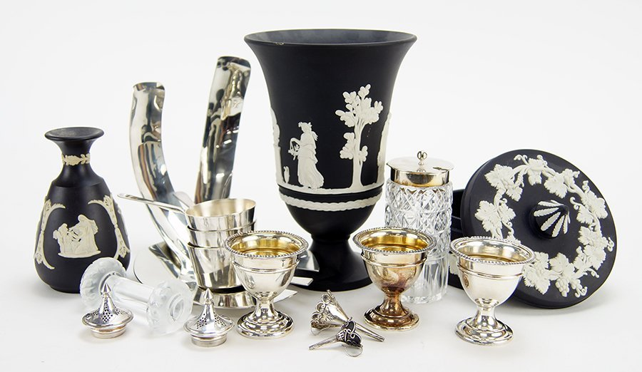 A Collection of Silverplate Serving Pieces. - 2