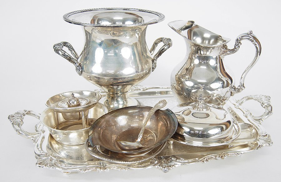 A Collection of Silverplate Serving Pieces. - 3