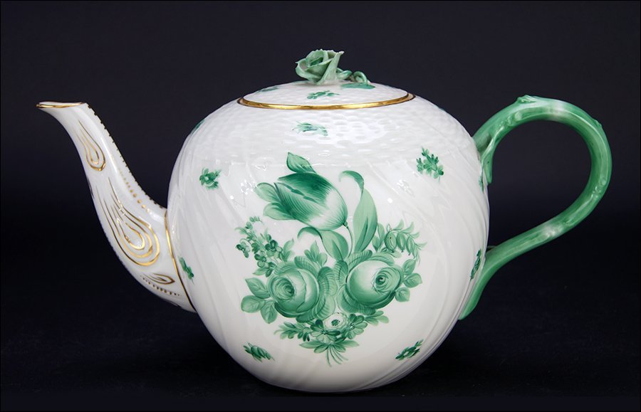 An Oversized Herend Teapot in the Green Bouquet
