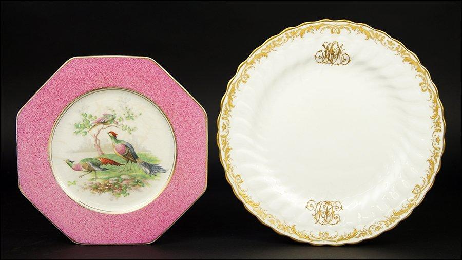 A Set of Ten Minton Porcelain Dinner Plates.