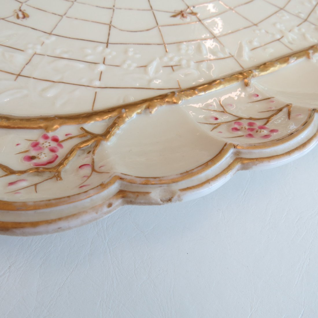 A Belleek Porcelain Serving Tray in the 'Thorn' - 2