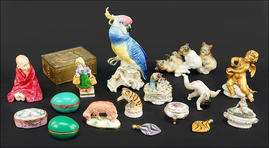A Collection of Porcelain Animals.