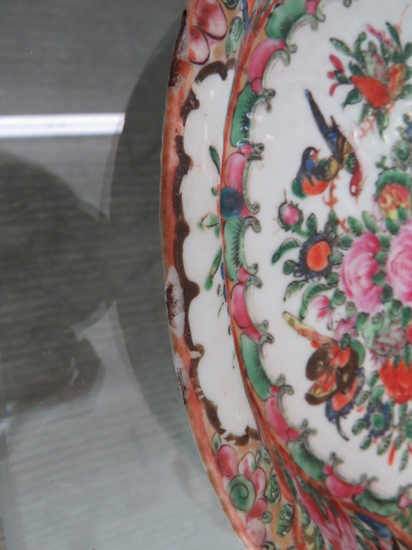 A Collection of Chinese Rose Medallion Tea Service. - 4