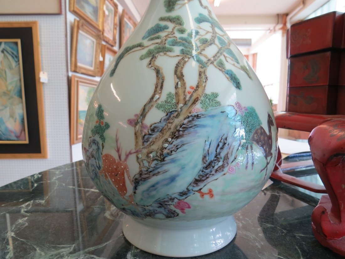 Two Chinese Polychrome Decorated Porcelain Vases. - 6