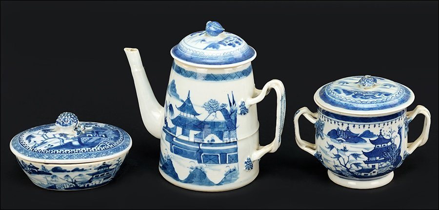 A Chinese Canton Porcelain Teapot.