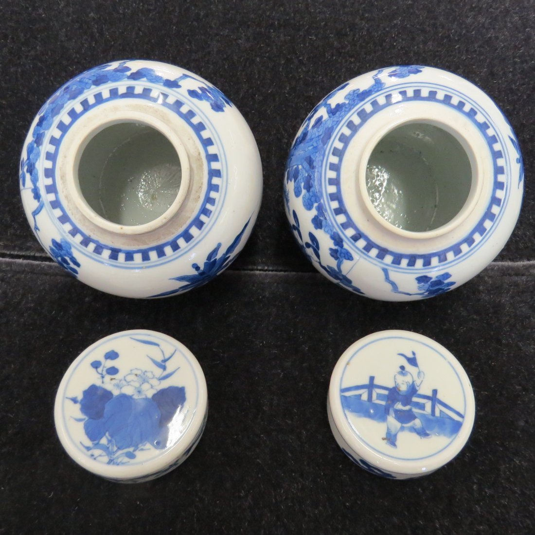 A Pair of Chinese Blue and White Porcelain Ginger Jars. - 2