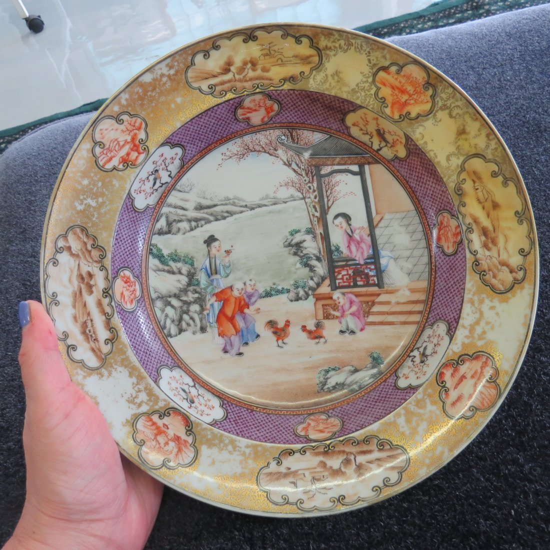 Two 18th Century Chinese Export Plates. - 4