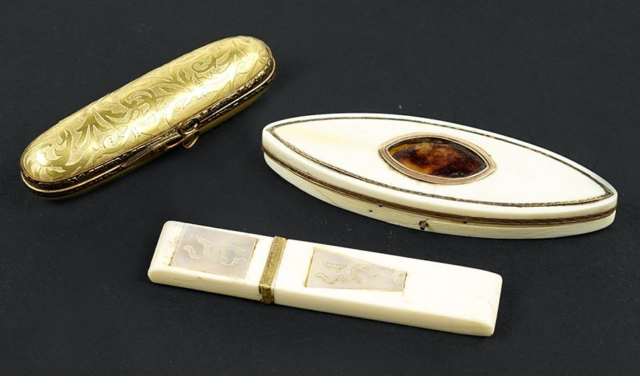 A 19th Century Ivory and Tortoise Shell Needle Case.
