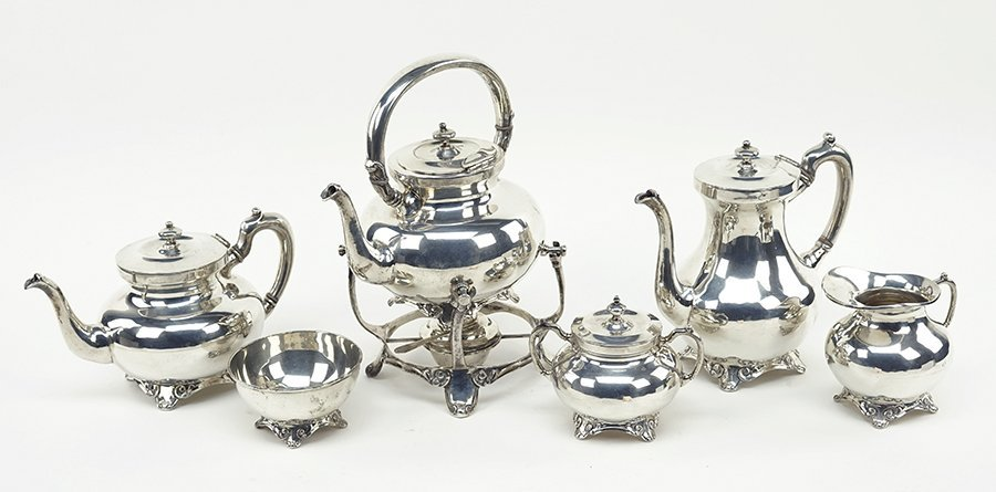 A Mexican Sterling SIlver Tea and Coffee Service. - 2