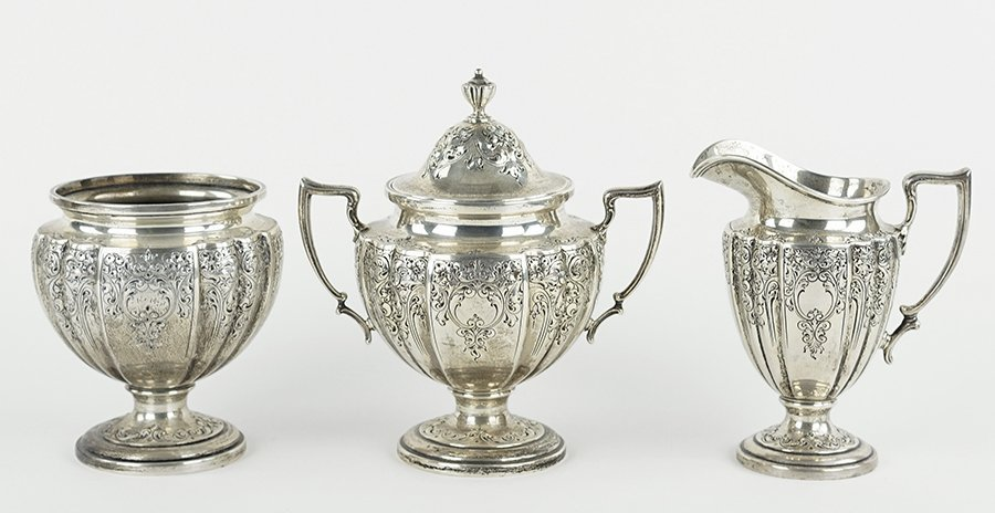 An American Sterling Silver Tea and Coffee Service. - 2