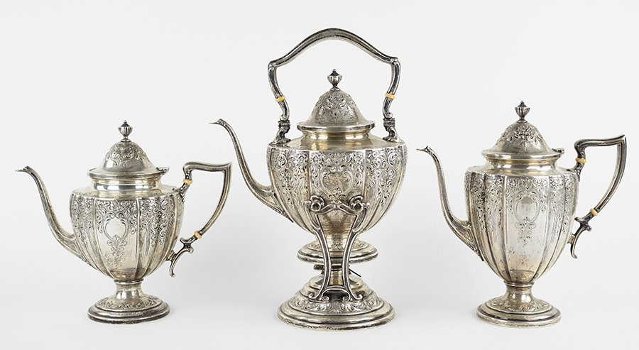 An American Sterling Silver Tea and Coffee Service. - 3