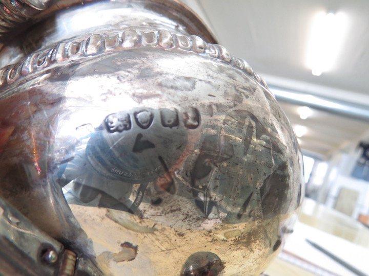 An English George IV Silver Teapot. - 3