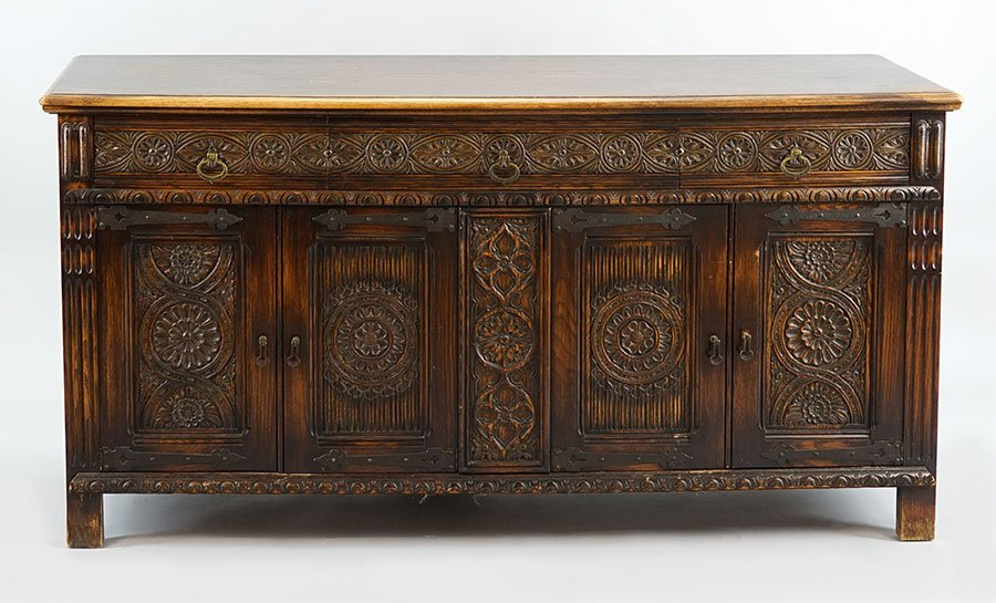 A Carved Oak Dining Suite. - 3